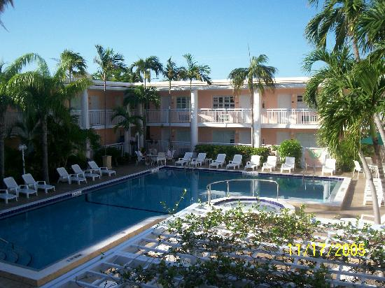305 294 3763 800 972 5100 Bwhibiscus Kemp Properties Our Charming Key West Hotel Close To South Beach And Only One Block Away From Duval Street