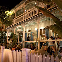 Nine One Five Restaurant And Bar 915 Duval Street Key West Fl 33040 What Could Be Dreamier Than A Leisurely Evening On The Side Porch Of Dignified